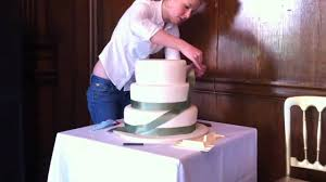 The Foxy Cake Co Assembling 5 Tier Wedding Cake Youtube