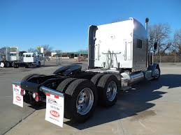 used peterbilt trucks 2017 peterbilt 389