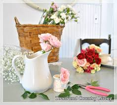 tips for arranging fresh flowers town u0026 country living