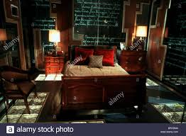 bedroom scene 13 ghosts thirteen ghosts thir13en ghosts 2001 bedroom scene 13 ghosts thirteen ghosts thir13en ghosts 2001