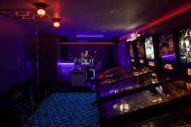 sci fi themed game room and theater geekery pinterest rooms arafen