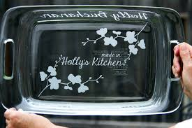 engraved dishes 9x13 sand blasted etched personalized pyrex casserole dish with