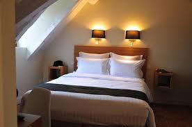 h el dans la chambre sy hotels vézelay la terrasse les glycines chambre