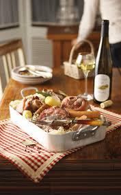 recettes cuisine alsacienne traditionnelle recette de choucroute alsacienne vins d alsace plat unique