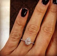Pear Shaped Wedding Ring by The 25 Best Teardrop Engagement Rings Ideas On Pinterest
