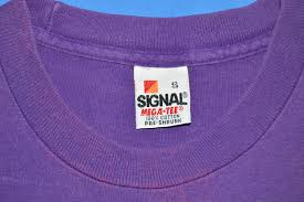 Purple Flag 90s Marvin The Martian Daffy Duck Peace Flag T Shirt Medium The