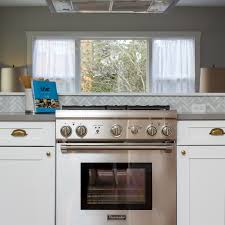 how to seriously deep clean your kitchen stove u0026 hood martha stewart