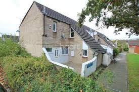 2 Bedroom House Basildon Houses For Sale In Pitsea Latest Property Onthemarket