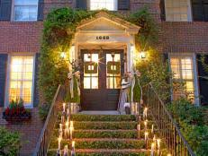 Tasteful Outdoor Christmas Decorations - stunning outdoor christmas displays hgtv
