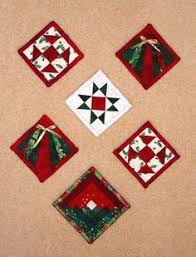 Quilted Christmas Ornaments To Make - use up the tiniest bits of fabric in a trio of two color ornaments