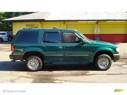 2001 ford explorer xls tropic green metallic 2001 ford explorer xls exterior photo