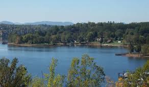 North Carolina lakes images Lake hickory north carolina water activities jet ski and boating jpg