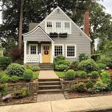 cottage house exterior cottage paint ideas best 25 cottage exterior colors ideas on