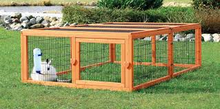 amazon com outdoor run with mesh cover l pet habitats pet