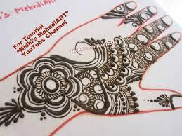 stylish gulf style rose flower with leaves henna mehndi art design