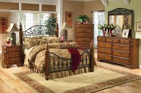 Exclusive Antique Designed Bedroom Furniture For New Homes - Antique bedroom design
