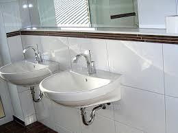 badezimmer bordre ausstattung 2 bordüre badezimmer braun ziel auf badezimmer mit fliesen mosaik