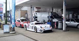 porsche 911 gt 1 this porsche 911 gt1 race car can be driven on the road