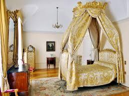 chambre d h e chamb駻y file chambre et lit à la polonaise du château de chambéry jpg