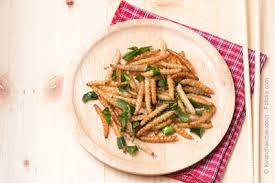insectes dans la cuisine restaurant insolite où l on mange des insectes
