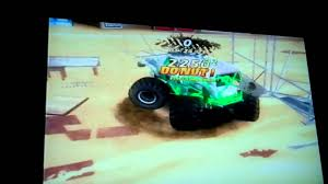 grave digger 30th anniversary monster truck toy monster jam world finals grave digger 25th anniversary youtube