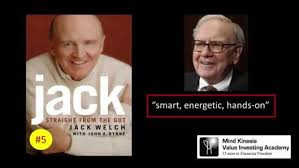 warren buffett recommended 9 books business courses and tips