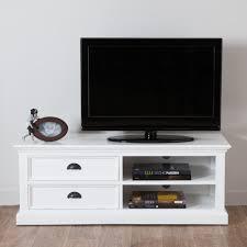 meuble tv pour chambre meuble blanc chambre astuces pour bien marier les couleurs