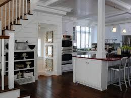 12 cozy cottage kitchens hgtv kitchen design and kitchens