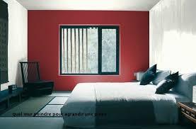 quel mur peindre en couleur chambre quel mur peindre pour agrandir une quelle couleur de peinture