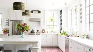6 easy and quick kitchen updates to make at home
