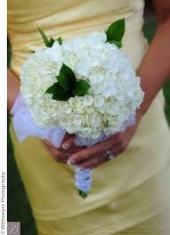 common wedding flowers most popular wedding bouquet flower types