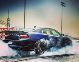 charger hellcat burnout americanmuscle musclecar musclecarlife dodgechallenger