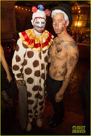 relive the best celeb costumes from just jared u0027s halloween party