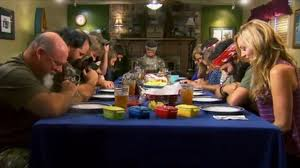 did you see duck dynasty duck dynasty dinner table theedge the edge blog tiffany s