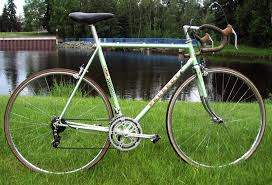 peugeot road bike 2 peugeot old bike to choose from advice needed for road cycling