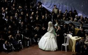 wedding in thousands attend ultra orthodox wedding in israel in