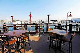 2017 lake st clair restaurant hotts spots brownie s hosts on lake st clair