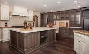 100 kitchen cabinets in chicago amberleaf cabinetry chicago