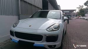 2015 porsche cayenne facelift 2015 porsche cayenne facelift spied in india