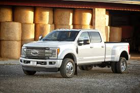 ford unveils new aluminum 2017 super duty pickup