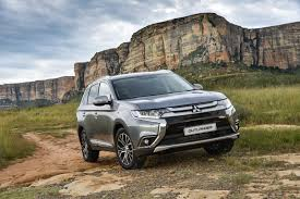 2017 white mitsubishi outlander facelifted mitsubishi outlander 2017 specs u0026 pricing cars co za