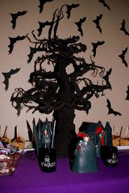 halloween trees 36 unique halloween centerpieces table decorating ideas