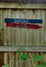 Fence Decorations Diy Garden Fence Decorations Hometalk