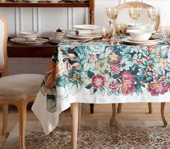 2014 Home Decor Trends Holiday Home Decor Trends 2014 Tablecloth With Floral Motif Zara