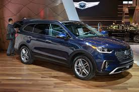 hyundai santa fe se 2017 hyundai santa fe santa fe sport review look