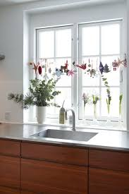 Kitchen Window Christmas Decorations by 117 Best Christmas Images On Pinterest Holiday Ideas Christmas