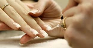 how to give yourself a manicure at home beauty tips advisors