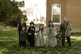 Halloween Costumes Addams Family Ghost Family Costume Halloween Pinterest