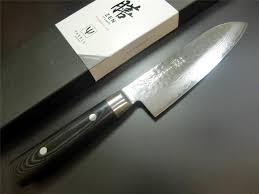japanese yaxell zen 37 layers vg 10 damascus kitchen knife