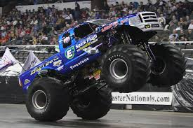bigfoot monster truck show real heavy duty